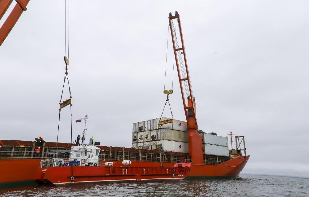 Камчатка получила два новых судна за 140 млн рублей для перевозки пассажиров и грузов
