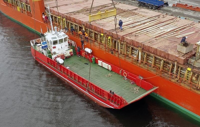 Новое грузопассажирское судно «Камчатка-2» прибыло в Петропавловск-Камчатский.