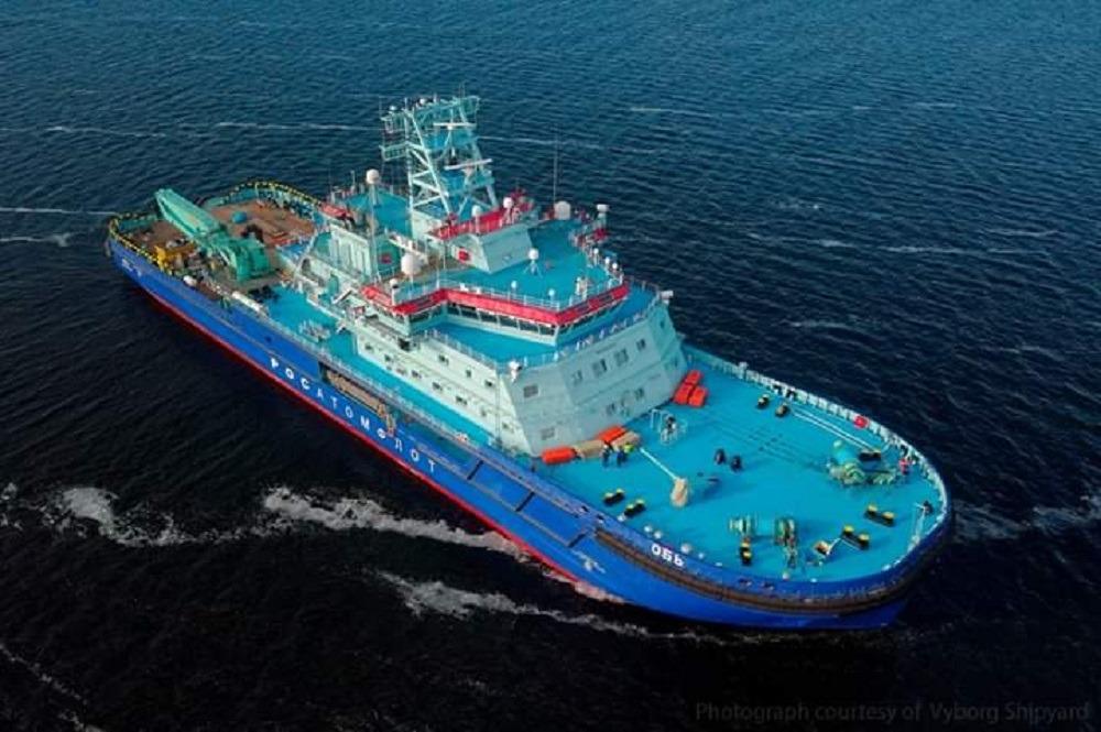 Первый неатомный ледокол «Росатомфлота» передан заказчику