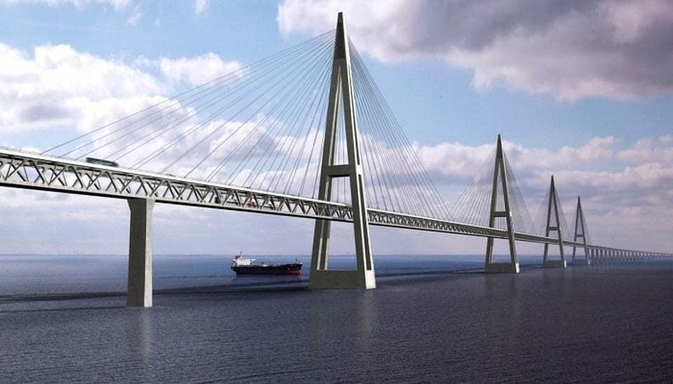 Глава Якутии сообщил о готовности проекта строительства моста через реку Лена