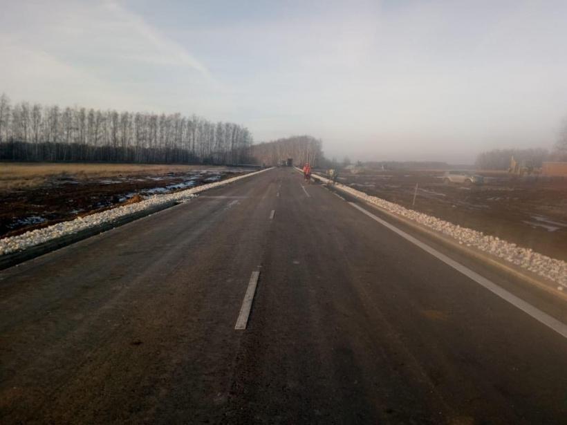 Строительство двух подъездных дорог к крупнейшим предприятиям завершили в Подмосковье