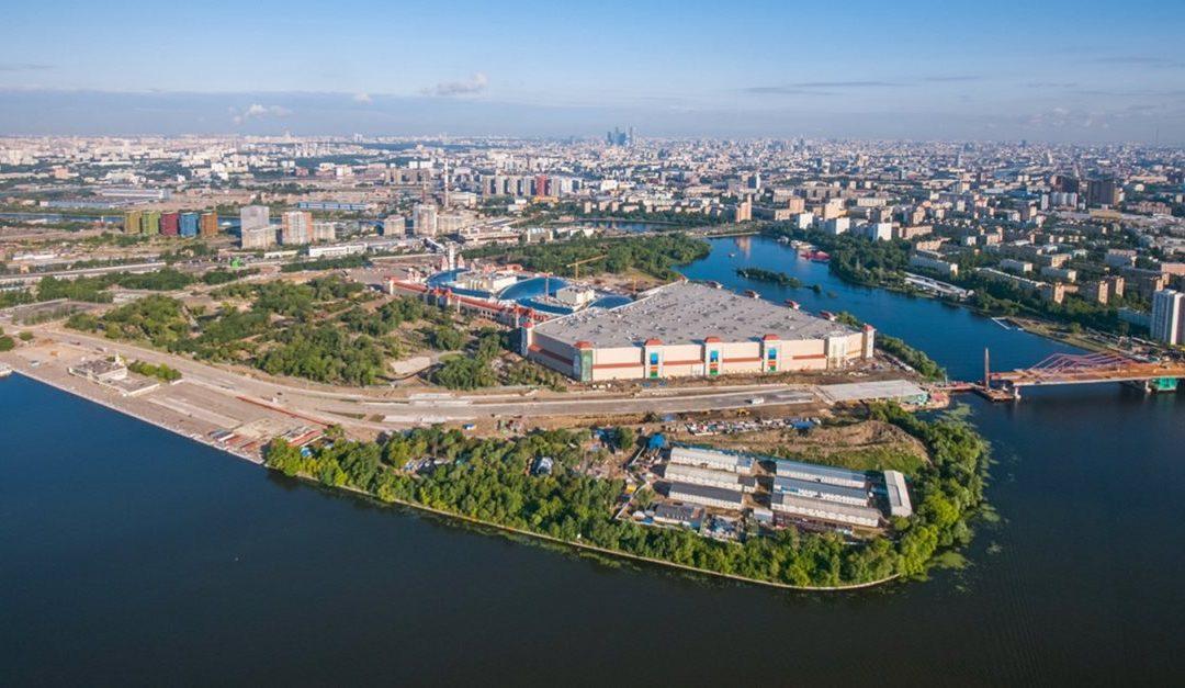 Мэр Москвы открыл движение по автомобильному мосту через Кожуховский затон